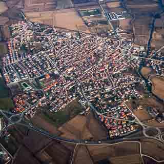 Luftaufnahme von Tromello, Italien
