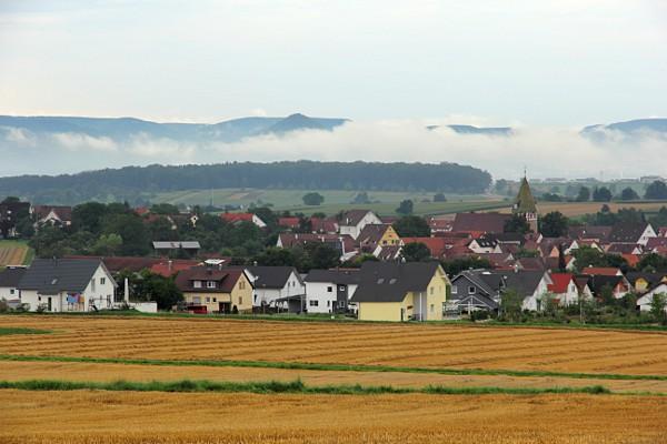 Nebelwolken über Walddorfhäslach-Walddorf