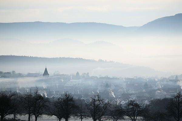 Walddorf, Nebel im Neckartal und Albtrauf