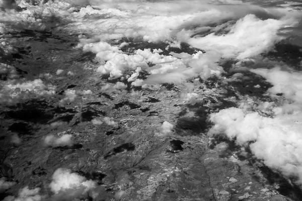 Wolken aus dem Flugzeug, infrarot