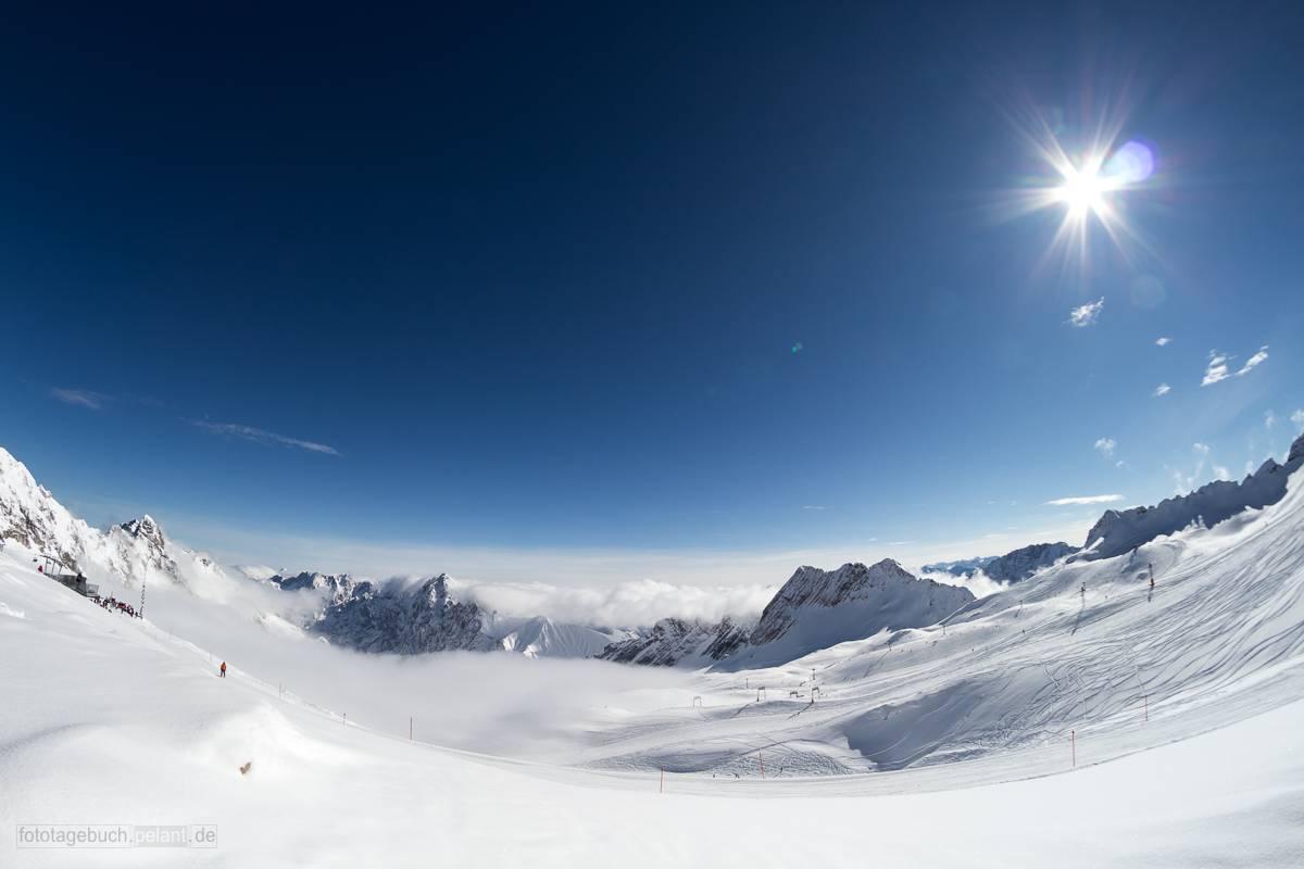 Zugspitzplatt mit Schnee im Winter und Sonne, Fisheye