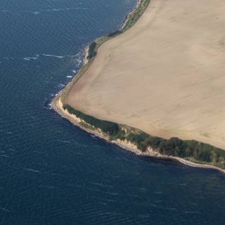 Luftaufnahme der Küste bei Gobbin, Rügen