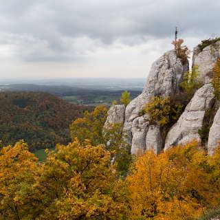 Der Wackerstein bei Pfullingen im Herbst