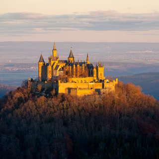 Burg Hohenzollern im Morgenlicht