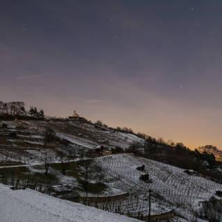 Nachtaufnahme der Wurmlinger Kapelle