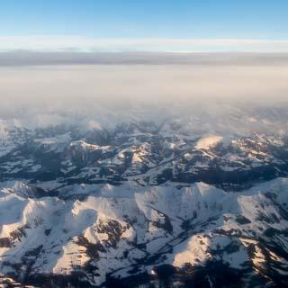 Luftbild Schweizer Alpen im Winter